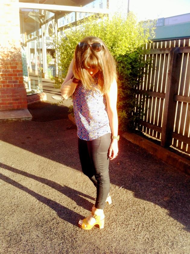 Sportsgirl clogs